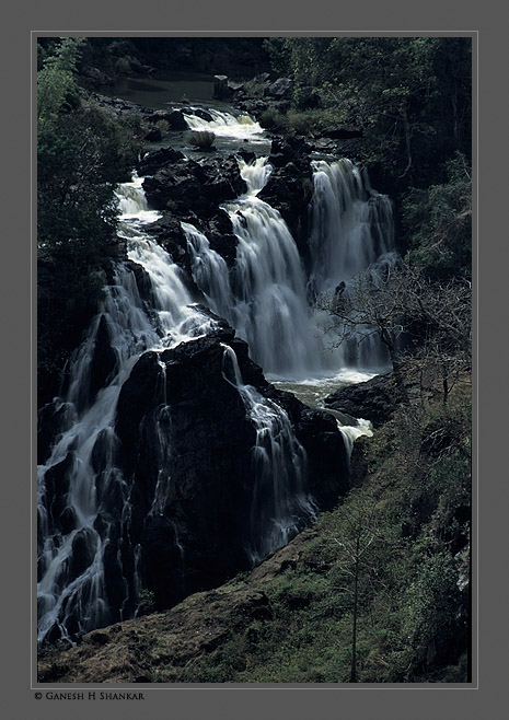 Moyar Water Falls | Fine Art | Creative & Artistic Nature Photography | Copyright © 1993-2017 Ganesh H. Shankar